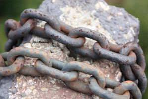 rusty chains II by LexartPhotos
