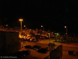 Paseo nocturno by GoblinPrincess