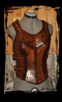 leather cuirass armor for woman by Lagueuse