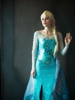 Queen Elsa of Arendelle by SillySilli