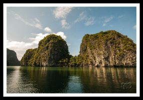 Ha Long Bay - Vietnam - Series: No 23 by SnapperRod