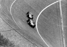 Tony Brooks | Masten Gregory (Germany 1959) by F1-history