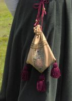 Silk purse with tassels by Laerad