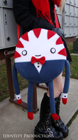 Peppermint Butler Side Bag by IdentityPolution
