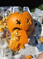 Puking Pumpkin by iluvme4never