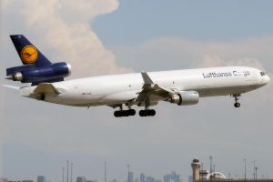 DFW 10 Lufthansa MD-11 by Atmosphotography