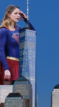 Giantess Melissa Benoist by pedro1232