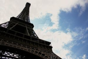 Eiffel Tower by winso