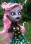 Mouscedes Monster high custom repaint by AdeCiroDesigns