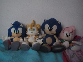 MY SONIC DOLLS!!! X3 by SILVERtheHEDGEHOGyes