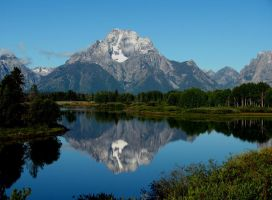 Reflection in Oxbow Bend by schiker
