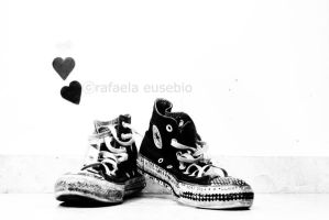 Converse Love by raeuve