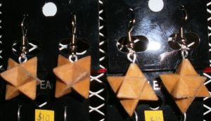 Small Star Earrings by Des804