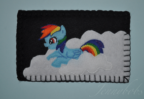 Rainbow Dash felt phone case by Blindfaith-boo