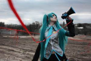 Love is war - Miku Hatsune by kirawinter