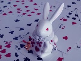 White Rabbit by hiyogon