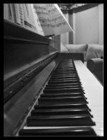 Piano Keys by deadserenity