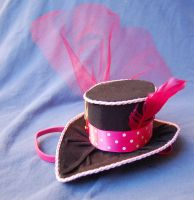 Tiny Top Hat: Perfectly Pink by TinyTopHats