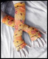 Japanese Spring Arm Warmers by ZenAndCoffee