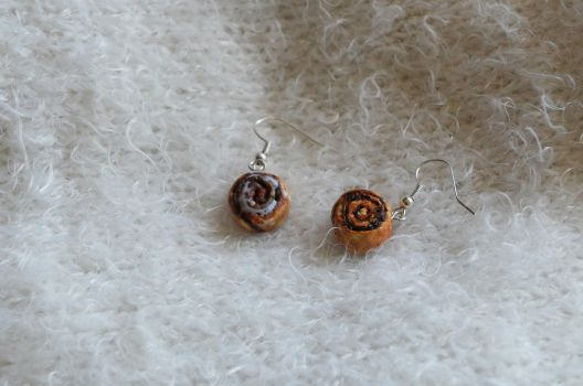 Polymer Clay Cinnamon Rolls Earings 02 by Alhys