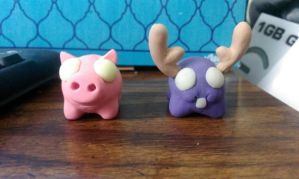 Piggie and mini moose by BaconTree92