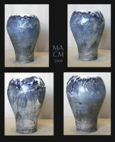 Vase, blue coral and white by Frost-indri