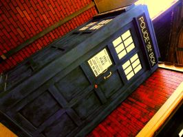The TARDIS in LA by Marimokun