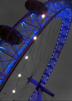 London Eye at Night by chamathe