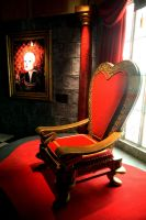 Alice Exhibition - The Throne by AliceInWonderland