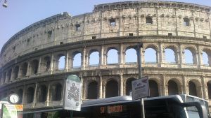 il colosseo by twisted-wind