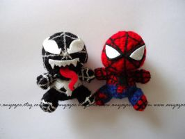 Spiderman and Venom Amigurumi by AnyaZoe