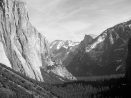 Yosemite Valley by Pickles4LES