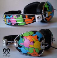 Dunny Skullcandy Headphones by minikikiart