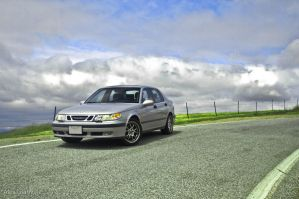 2000 Saab 9-5 Turbo by comicidiot