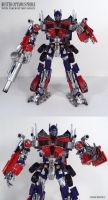 Buster Optimus hands upgrade by Unicron9