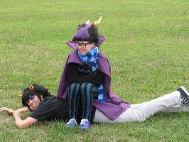 Eridan and Sollux: Makeshift Chair by MidnightStriders