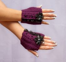 Dark purple lolita fingerless gloves by theaquallama