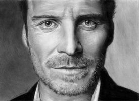 Michael Fassbender by VikkyIo