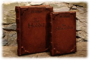 Ledergebundene Buecher / Leatherbound books by Lederkram-de