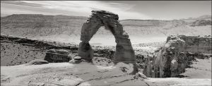 Delicate Arch by aponom