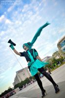Disc B - Miku by shutter-puppy