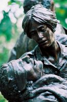 Vietnam Woman's Memorial by kintamasan