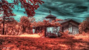 Lost House by bamboomix