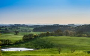 Rolling hills by StonyStoneIsStoned2