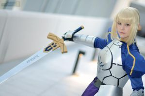 AX11 Saber Armor 1 by cosplayshots