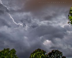 storm by Tommy8250