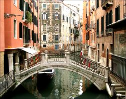 Venezia Canals II by cerenimo