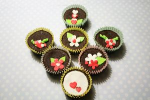 Cupcakes - Flowery Love by Yuleen75