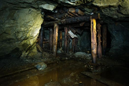 abandoned mine by Demyantsev