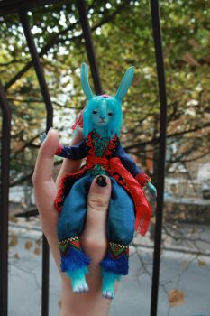 Blue Bunny 6 by l-heure-du-the
